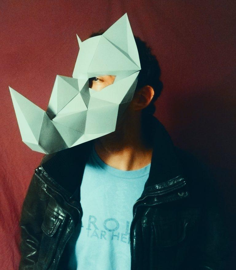 masque de rhinoc ros 3d imprimer et fabriquer soi m me. Black Bedroom Furniture Sets. Home Design Ideas